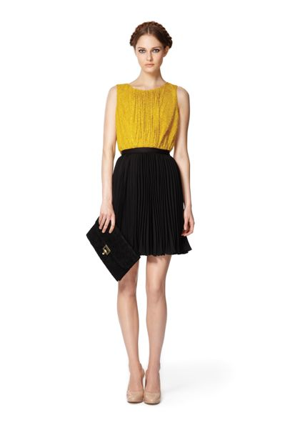 Black skirt and yellow top – Fashionable skirts 2017 photo blog