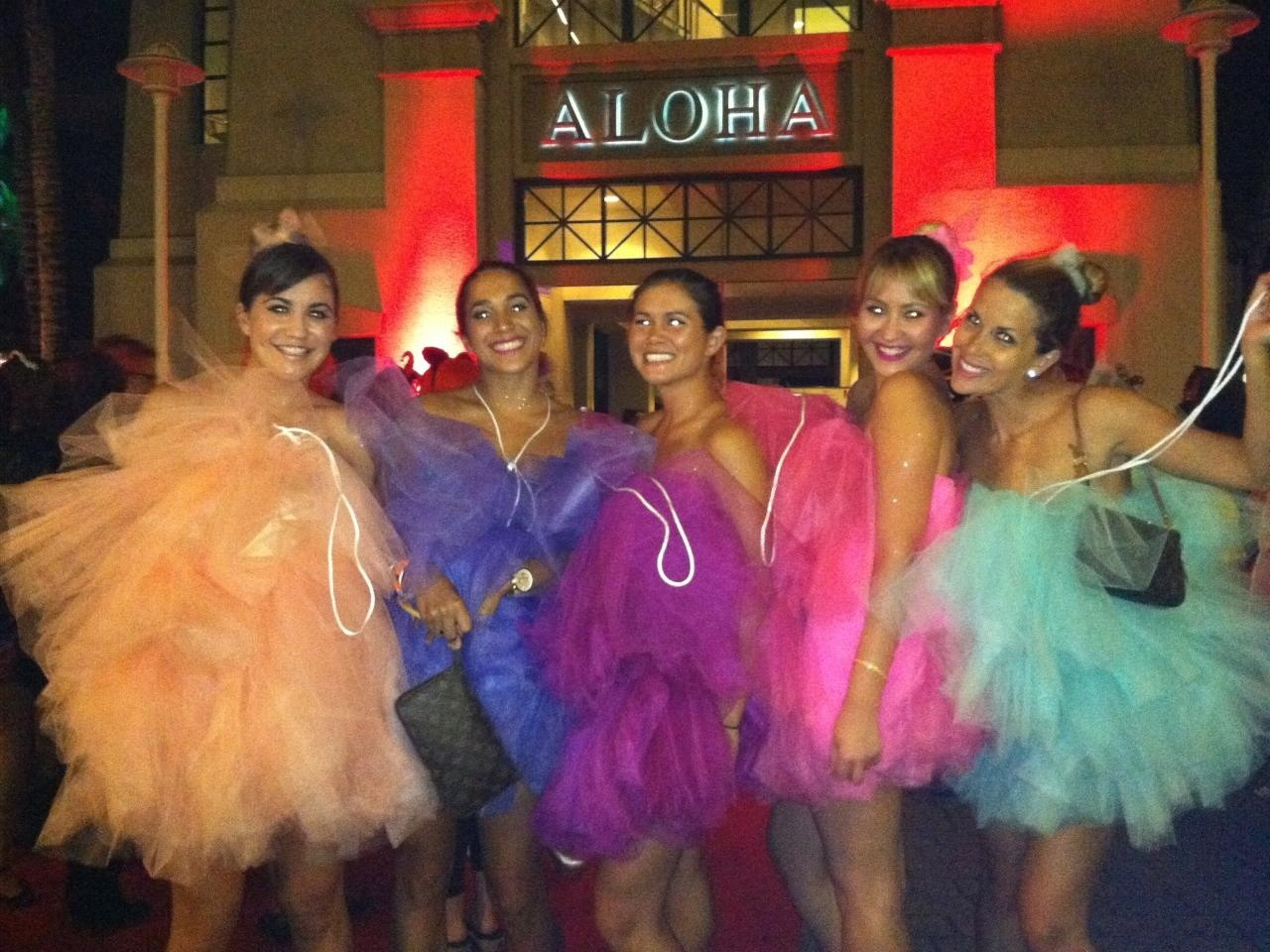 Halloween costumes hawaii fashion fiend loofahcostumehalloween keeping halloween costumes clean one loofah solutioingenieria Image collections